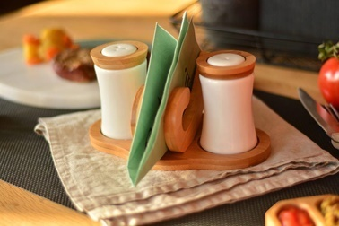 Bambum Chava Peçetelikli Tuzluk & Biberlik Renkli